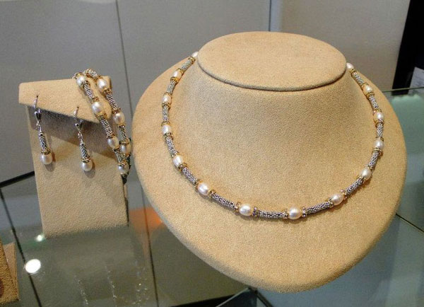 Bali sterling necklace, earring and bracelet by Patty Tobin